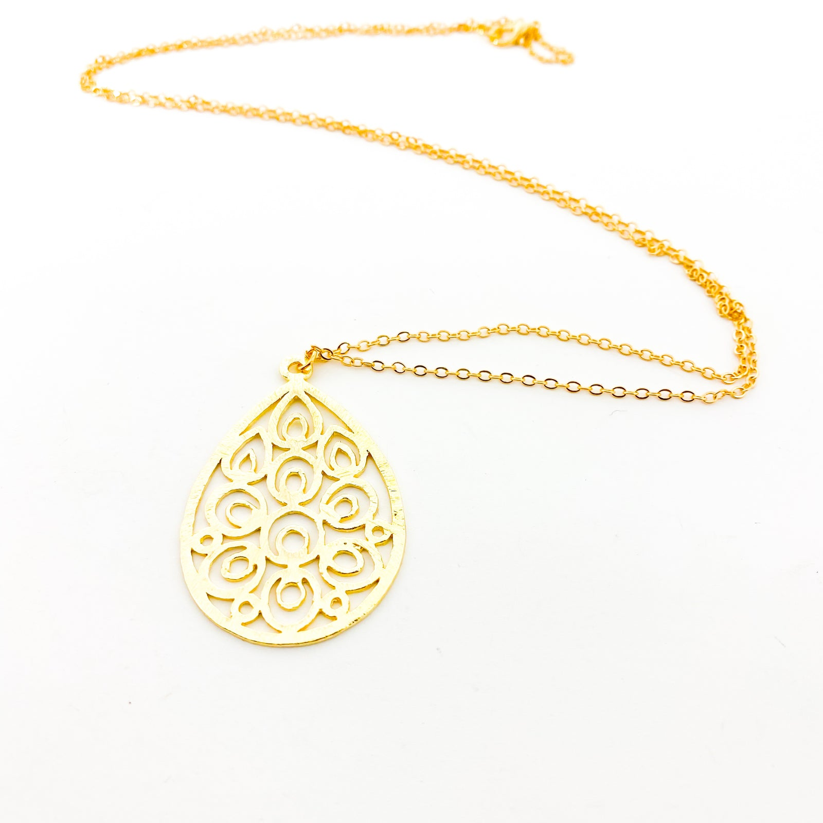 LONG BRUSHED FLORAL DROP NECKLACE | GOLD