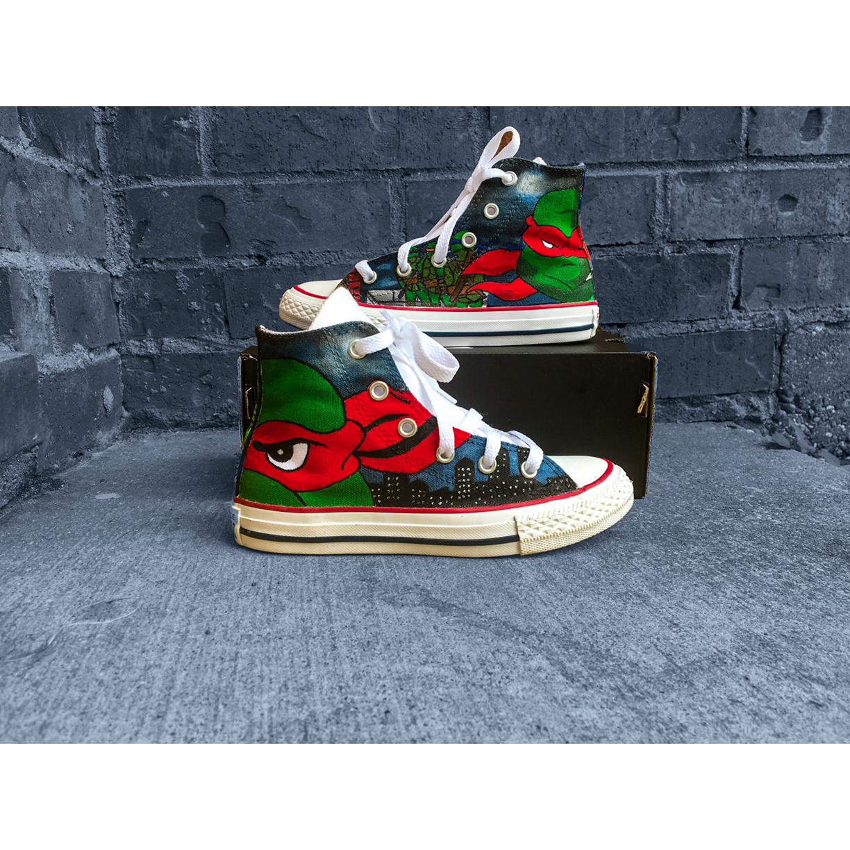 Teenage Mutant Ninja Turtle Chucks