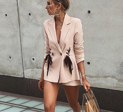 Double breasted lace-up pocket blazer