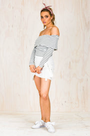 Everly Strapless Long Sleeve Top