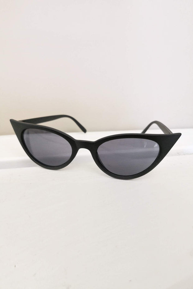ACCESSORIES - Envy Cat Eye Sunglasses - Black