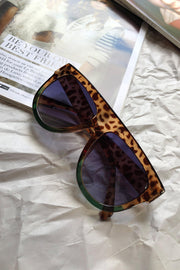 ACCESSORIES - Hiding Out Sunglasses - Tort/Green
