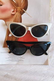 ACCESSORIES - Retro Cat Eye Sunglasses - White