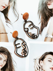 ACCESSORIES - Two Faced Earrings