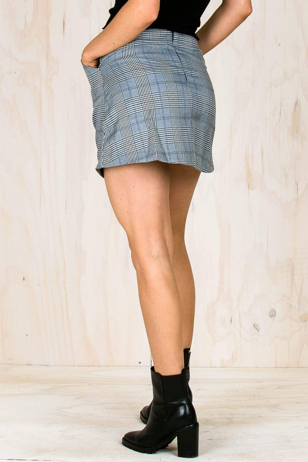 BOTTOMS - The Plaid Mini Skirt