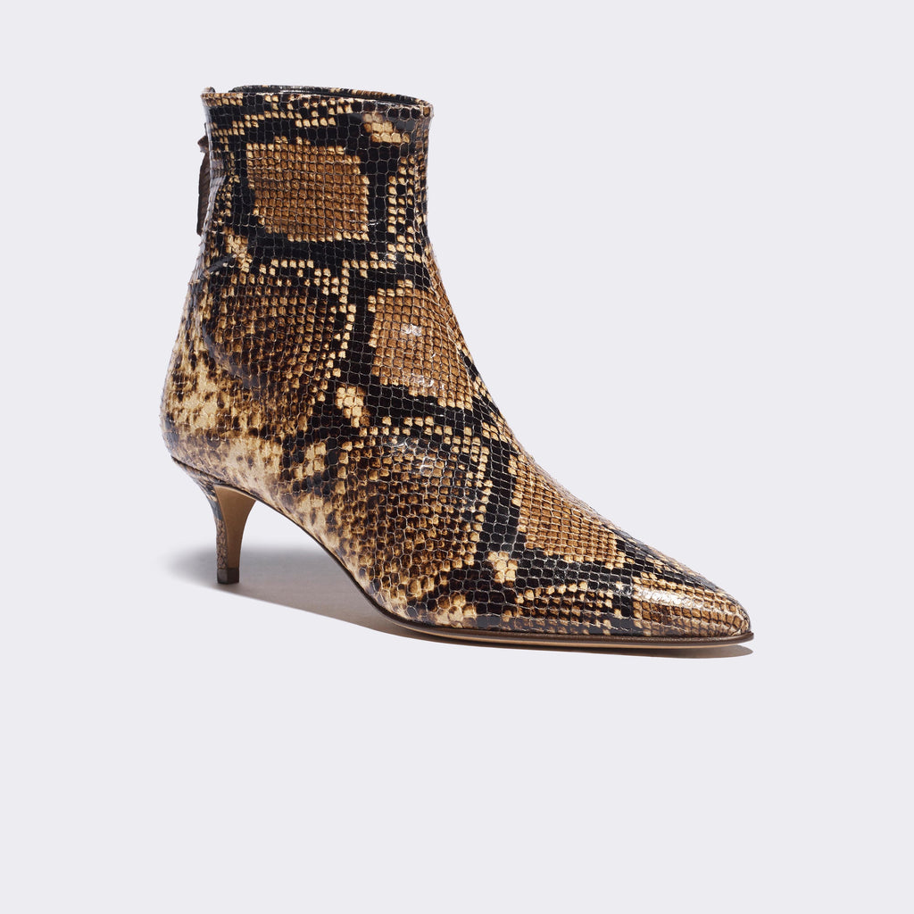 Julien in Tan-Black Snakeprint