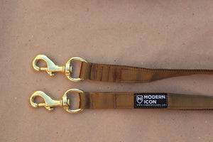 Modern Icon Double Snap Lead - Coyote