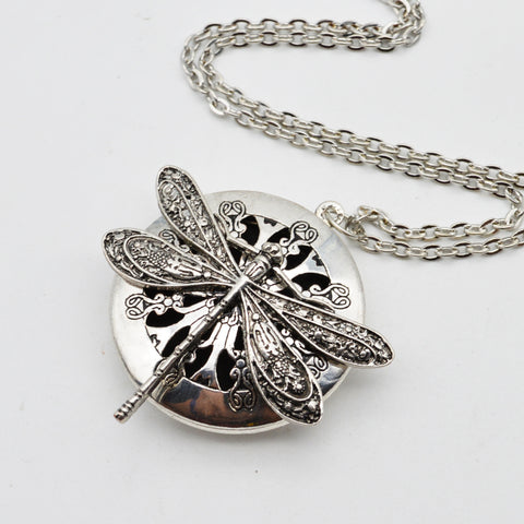 5pcs Wholesale Dragonfly Design Lockets Vintage Essential Oil Diffuser Necklace Aromatherapy Lockets Pendant For Christmas Gift XL-44