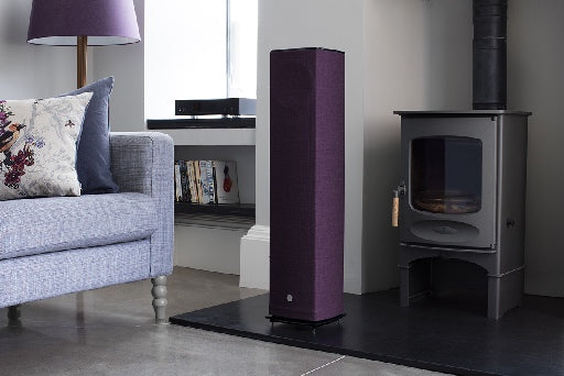 Linn Akurate Hub + 520 Series Speakers
