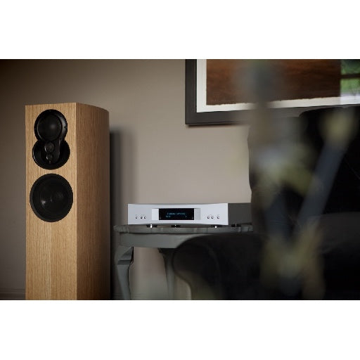 Linn Akurate Hub + Akubarik Speakers