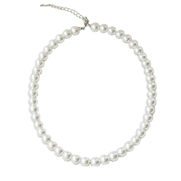 Classic Pearls Necklace Combination With Infintiy Wrap Gown