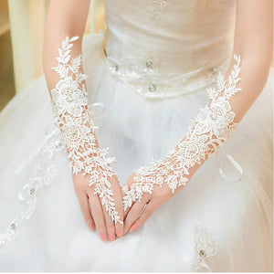 Midi Length Lace Bridal Wedding Fingers Gloves with Diamonds