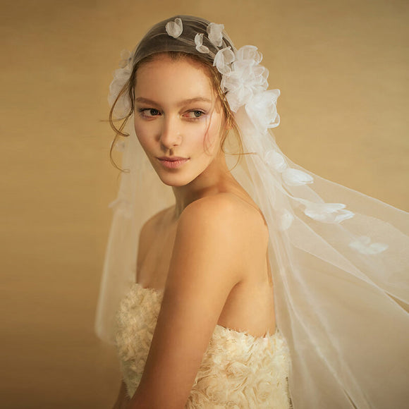 Tulle Destination Wedding Bridal Short Veil with Flowers