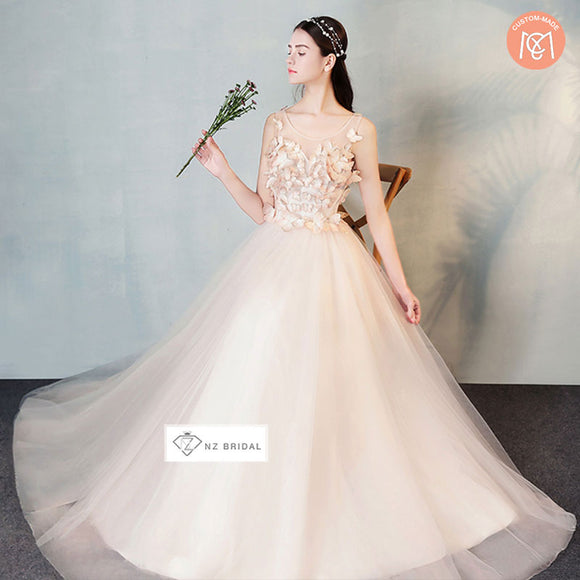Elegant Butterfly Sheer Sweetheart Neck Bridal Gown