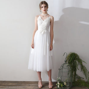 Ballet Spaghetti Straps V Cut Lace Appliqués Tulle Short Bridal Dress