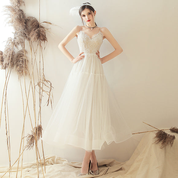 NZ Bridal Lace Applique V-neck Dimensional Cut Wedding Dress Sling Backless Simple Slim Wedding Gowns