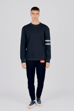 the willem - crew neck