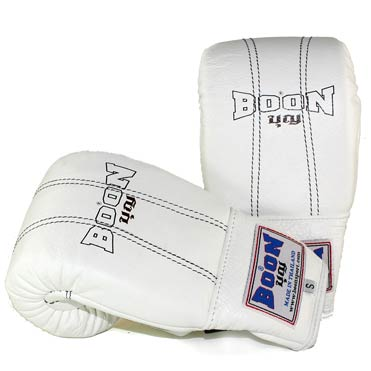 BGW Bag Gloves White