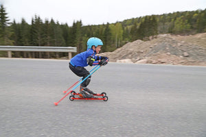 A lighter skate rollerski for kids.