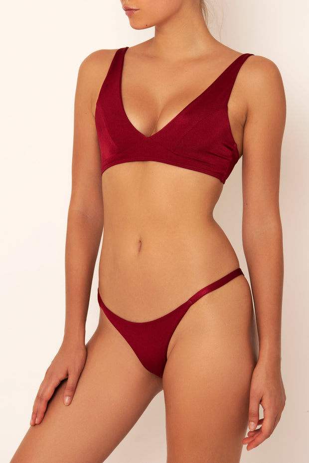 red bikini top for bigger bust side view