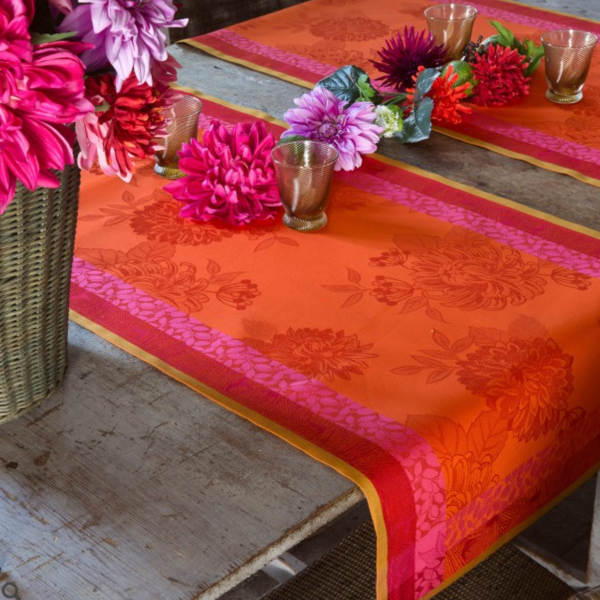 Parfums de Bagatelle Nasturtium Table Linens
