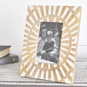 4 X 6 CARVED WOOD PHOTO FRAME