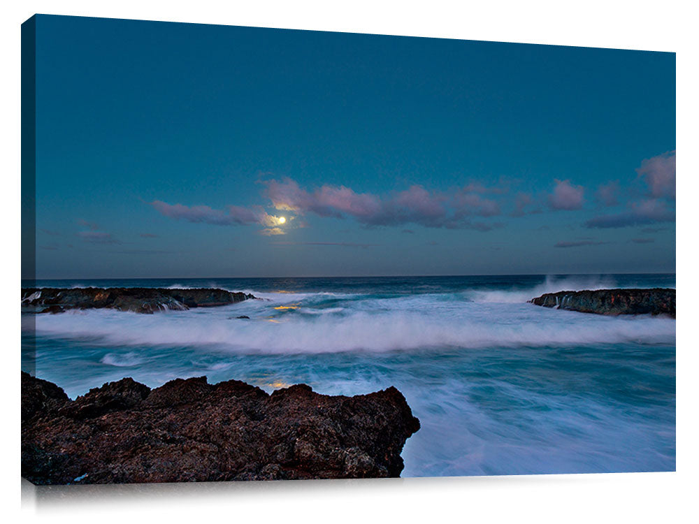 Full_Moon_at_Sharks_Cove