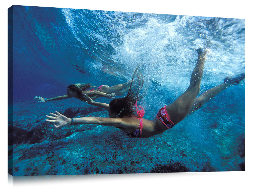 girls swimming beneath the waves, Off The wall,north shore, Oahu