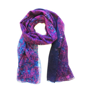 Chicago, USA purple map print scarf in silk/georgette blend. Perfect gift or souvenir for women and men