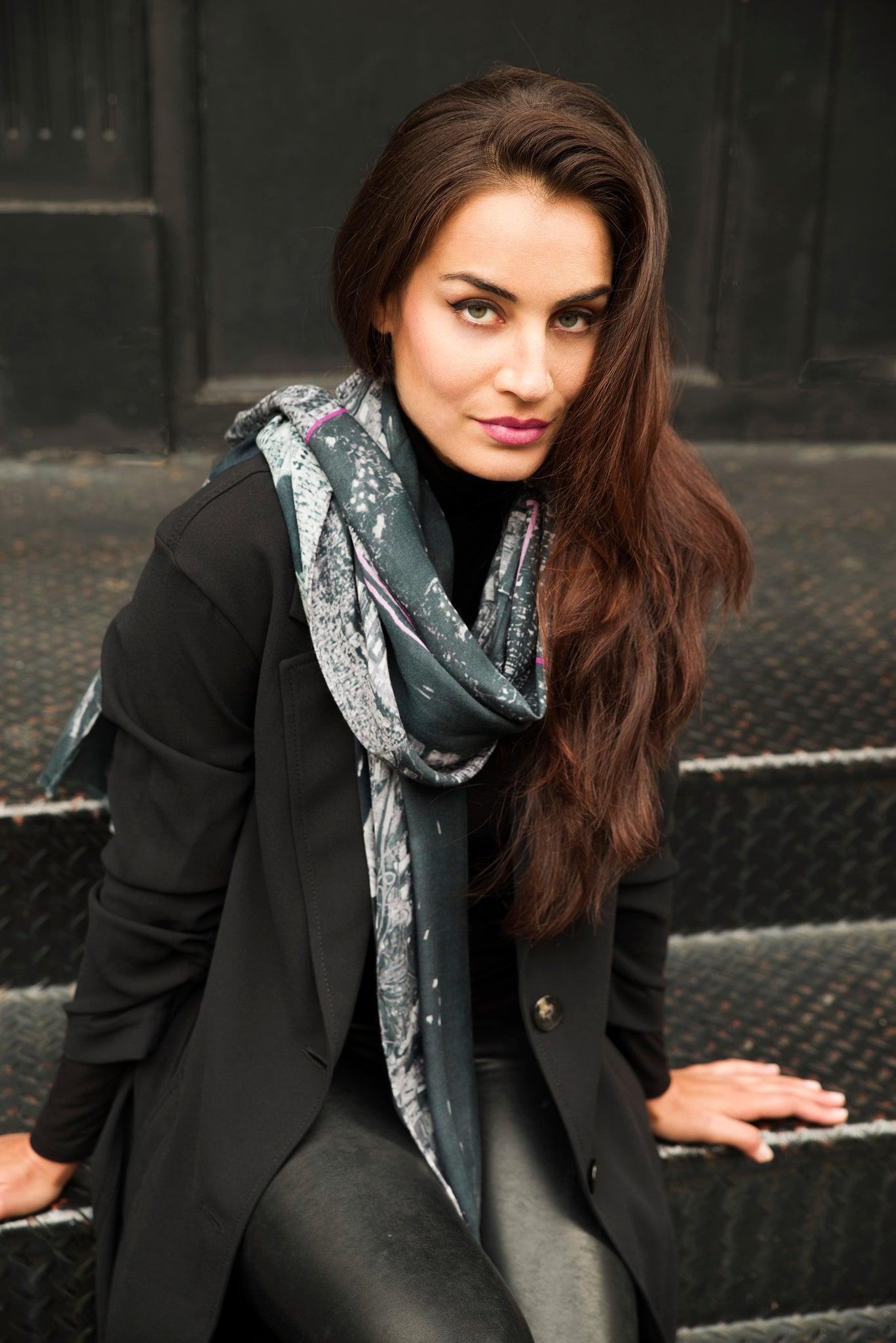 New York Black Rectangular Scarf