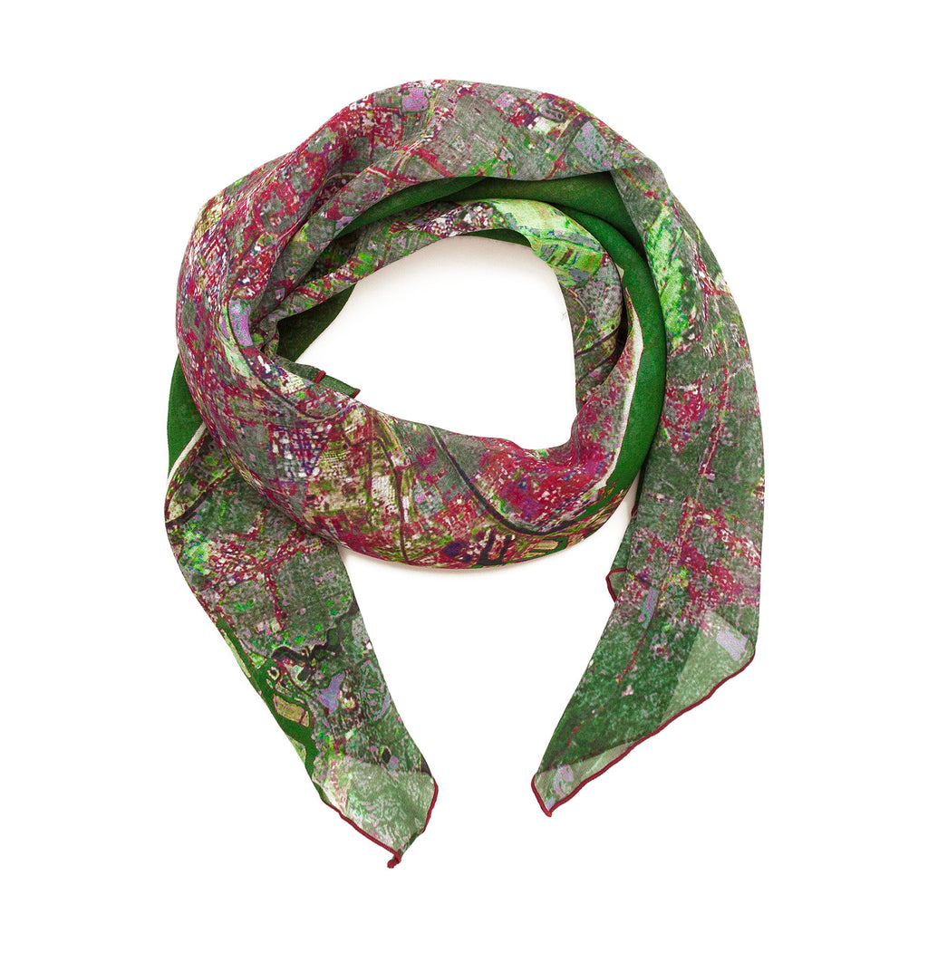 Los Angeles, California green map print scarf in silk. Perfect gift or souvenir