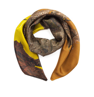 San Francisco, California brown map print scarf in satin/silk blend. Perfect souvenir or gift for women and men.