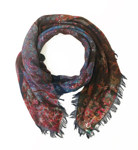 Seoul, South Korea map print scarf in satin/silk blend. Perfect gift or souvenir for women and men.
