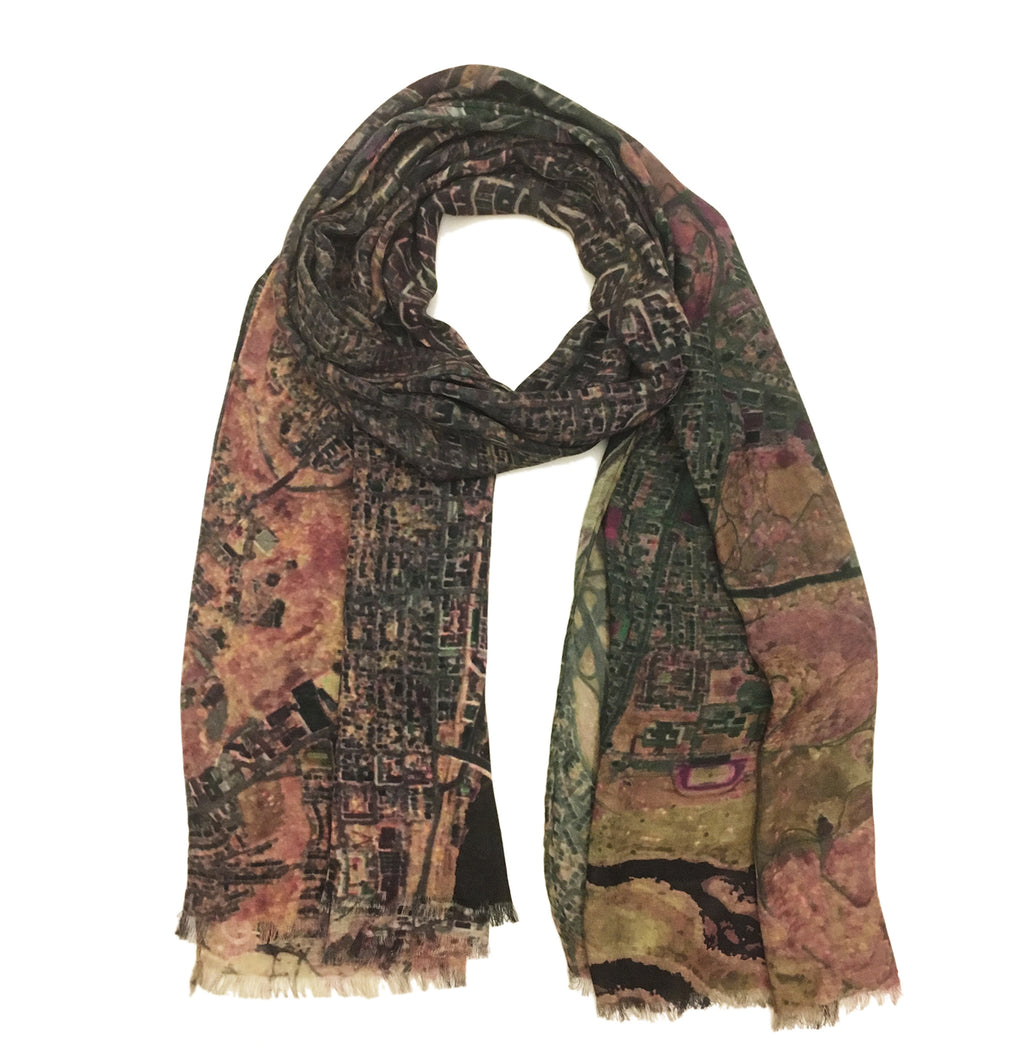 Washington D.C., USA brown map print scarf in modal/cashmere. Perfect souvenir or gift for women and men.