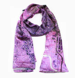 Washington D.C., USA pink map print scarf in silk. Perfect gift or souvenir for women and men.