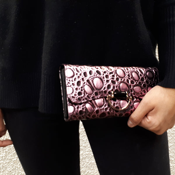 Bubbly wallets for Women | Pink