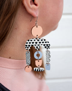 Horisontti Earrings Peach/Light Blue