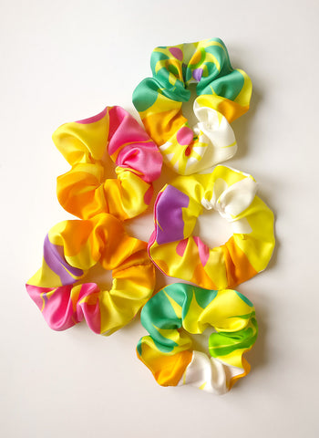 Scrunchie Yellow Pattern