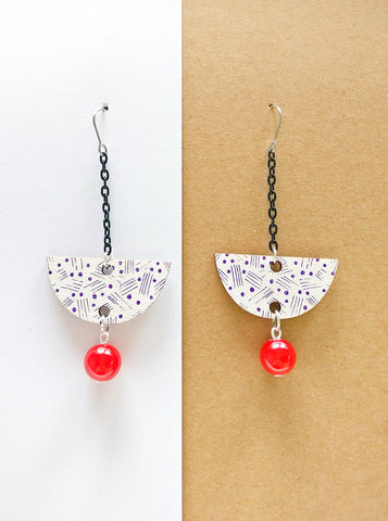 Vene Earrings Black/White/Red
