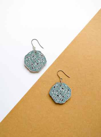 Silmukka Earrings Green/lila