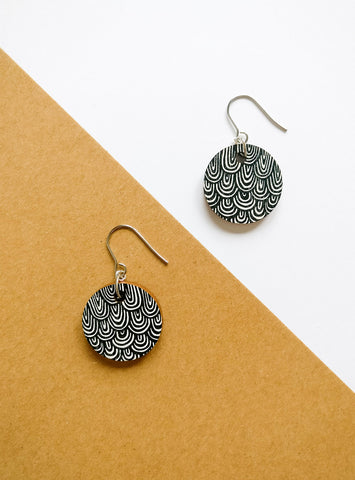 Laine Earrings Black