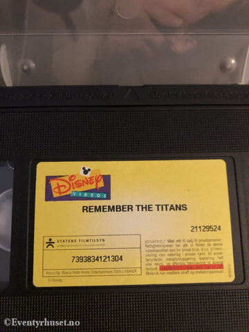Disney Vhs. 21129524. Remember The Titans. 1999. Vhs