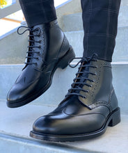 The Cruz Boot in Black