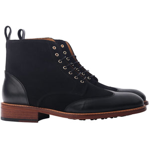 Second Sale: The Winged Valdez Boot in Black