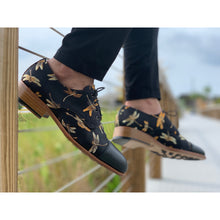 dragonfly shoe in black or the Lu shoe in black with black pants