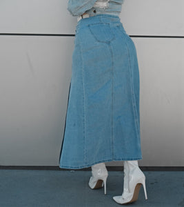 Dayana Denim Skirt size large