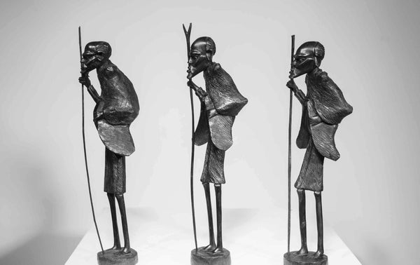 One of a kind African Fine Art: Masaai Ebony Wood Carving 'Masaai Old Man' from Kenya Made in 1988 by Artist Nelson