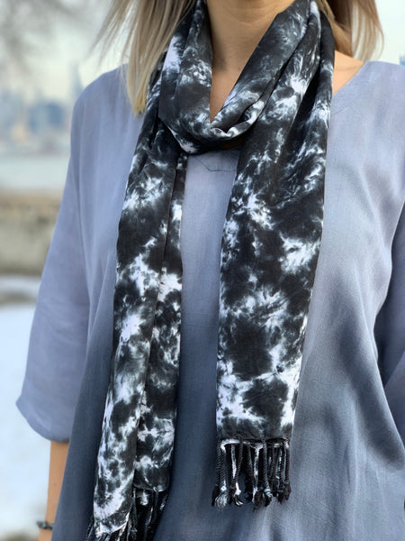 Oversized scarf (Storm clouds)