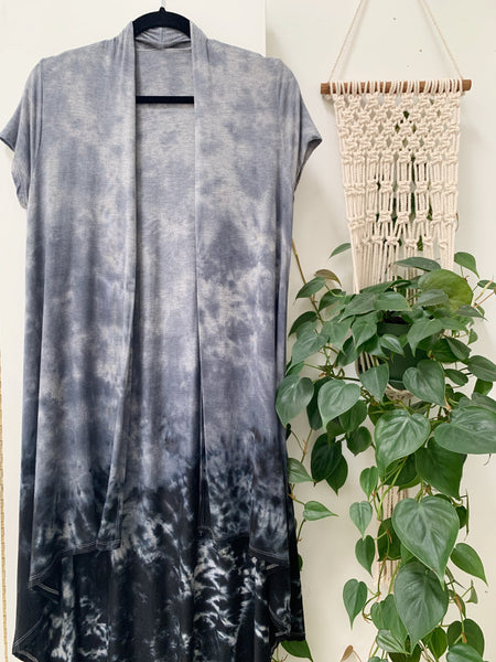 Scoop hem duster