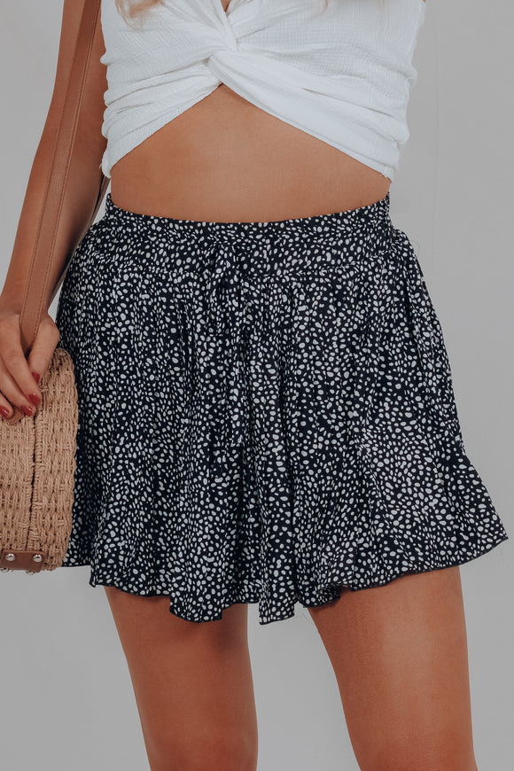 Spot on Pleated Shorts
